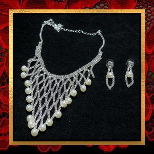 Rhinestone Net Pearl Necklace & Earrings #719